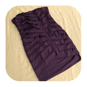 6/$15 Nikibiki M purple strapless dress